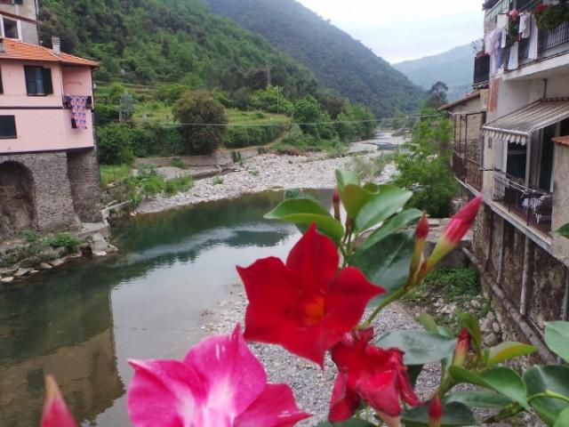 Italië ~ Ligurië - Woonhuis